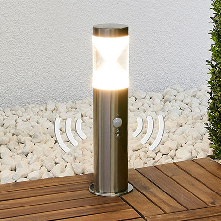 Fabrizio motion sensor LED pillar light