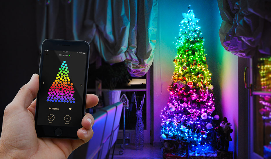 stylish christmas tree lighting