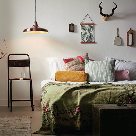 The striking bedside table hanging light